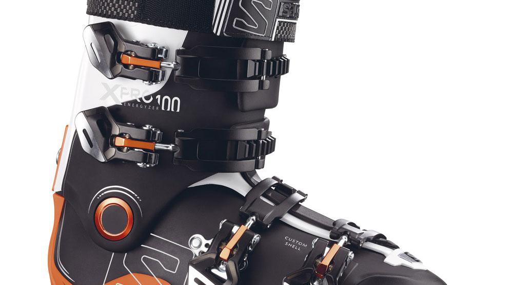 close up salomon ski boot