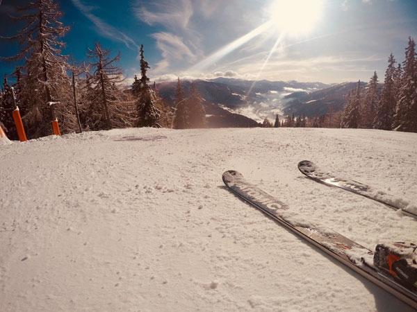 atomic rester x7 piste skis