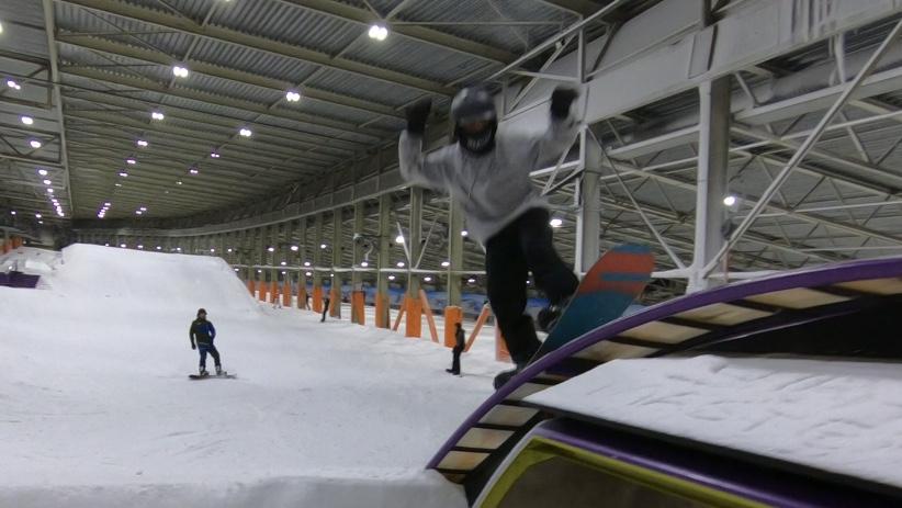 ollie snowboarding